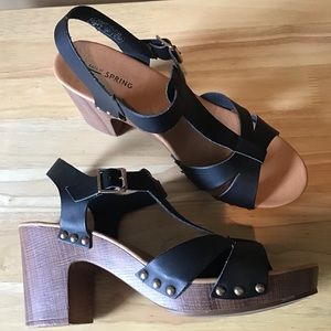 CALL IT SPRING vegan T-strap clog heel sandal 9